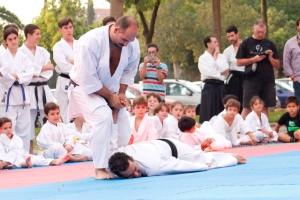 Sensei Juan Antonio García durante la exhibición de Karate