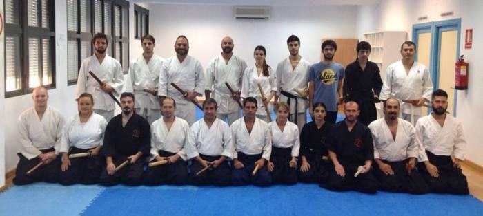 El grupo completo con miembros de Aikido Córdoba, Kobukan, Bujutsu Dojo, Shin Budo y Kidokan