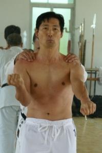 El estilo de karate Goju ryu debe su nombre al Go (duro) y Ju (suave)