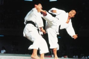 karate-kumite-2