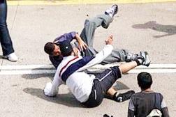 pelea_de_estudiantes
